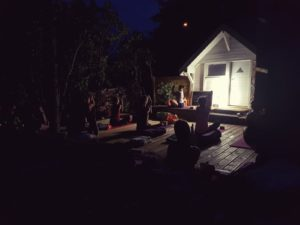 Yoga nocturne à ciel ouvert à Beaune